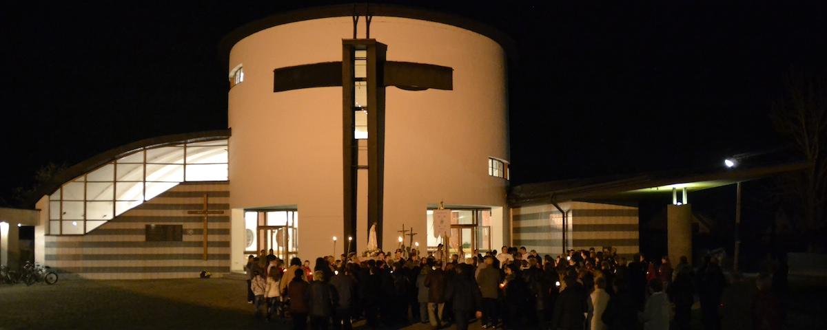 Kostol v noci