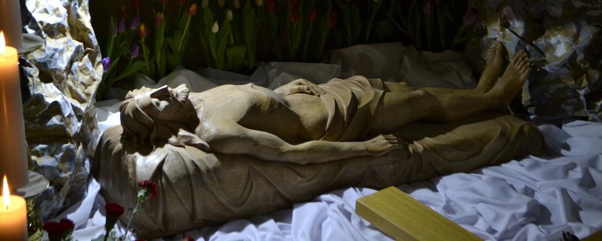 Ježiš v hrobe